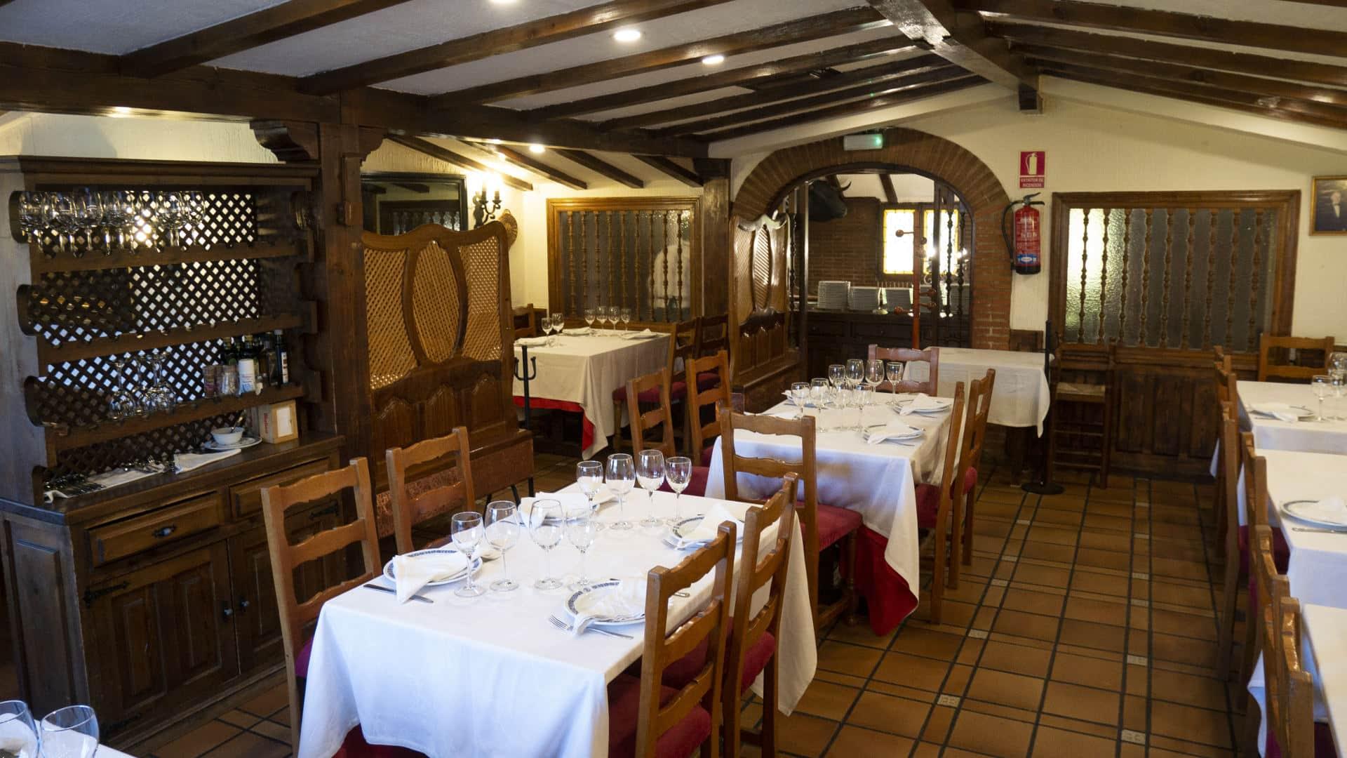 Salón privado 50 comensales del Restaurante Asador El Molino Madrid Plaza de Castilla