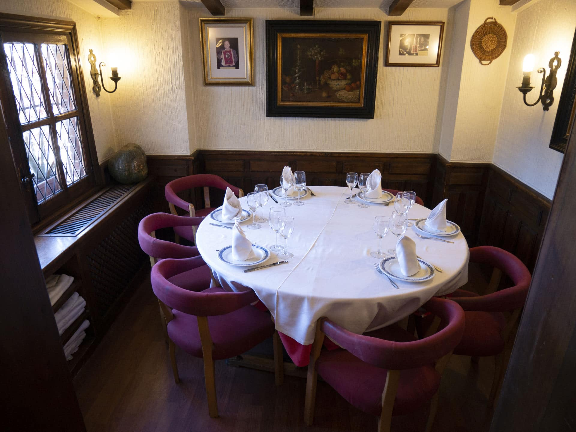 Salón privado 8 comensales del Restaurante Asador El Molino Madrid Plaza de Castilla